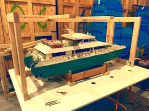 Crate for model boat